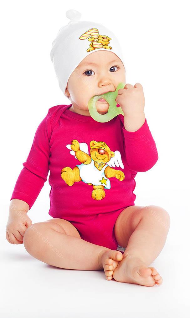 Ours ange 1er anniversaire sur Body bébé bio manches longues couleur rose clair et Bonnet Bébé 100 % coton